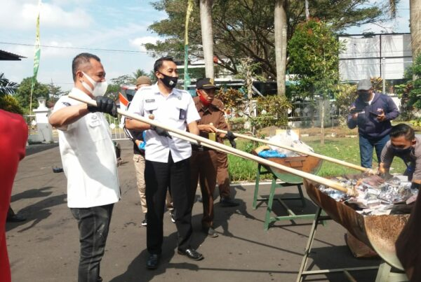 Pemusnahan Barang Bukti di Kejaksaan Negeri Kabupaten Malang