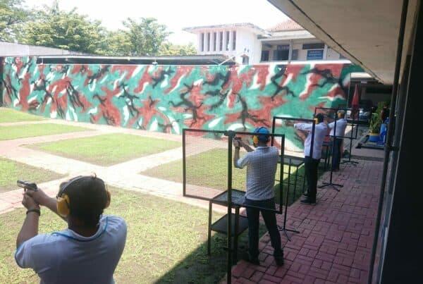 Anggota BNN tingkatkan skill menembak di Surabaya